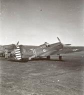 Asisbiz Curtiss P 40C Warhawk 8PG33PS Yellow 50 at Mitchel Field 1941 02