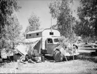 Asisbiz RAAF 3Sqn mobile radio unit at Rosh Pinna Palestine IWM CM1009