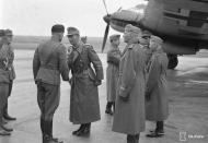 Asisbiz Heinkel He 111P4 FdF Stkz TM+WU WNr 3086 escort Adolf Hitlers visit to Immola 4th Jun 1942 02