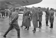 Asisbiz Heinkel He 111P4 FdF Stkz TM+WU WNr 3086 escort Adolf Hitlers visit to Immola 4th Jun 1942 03