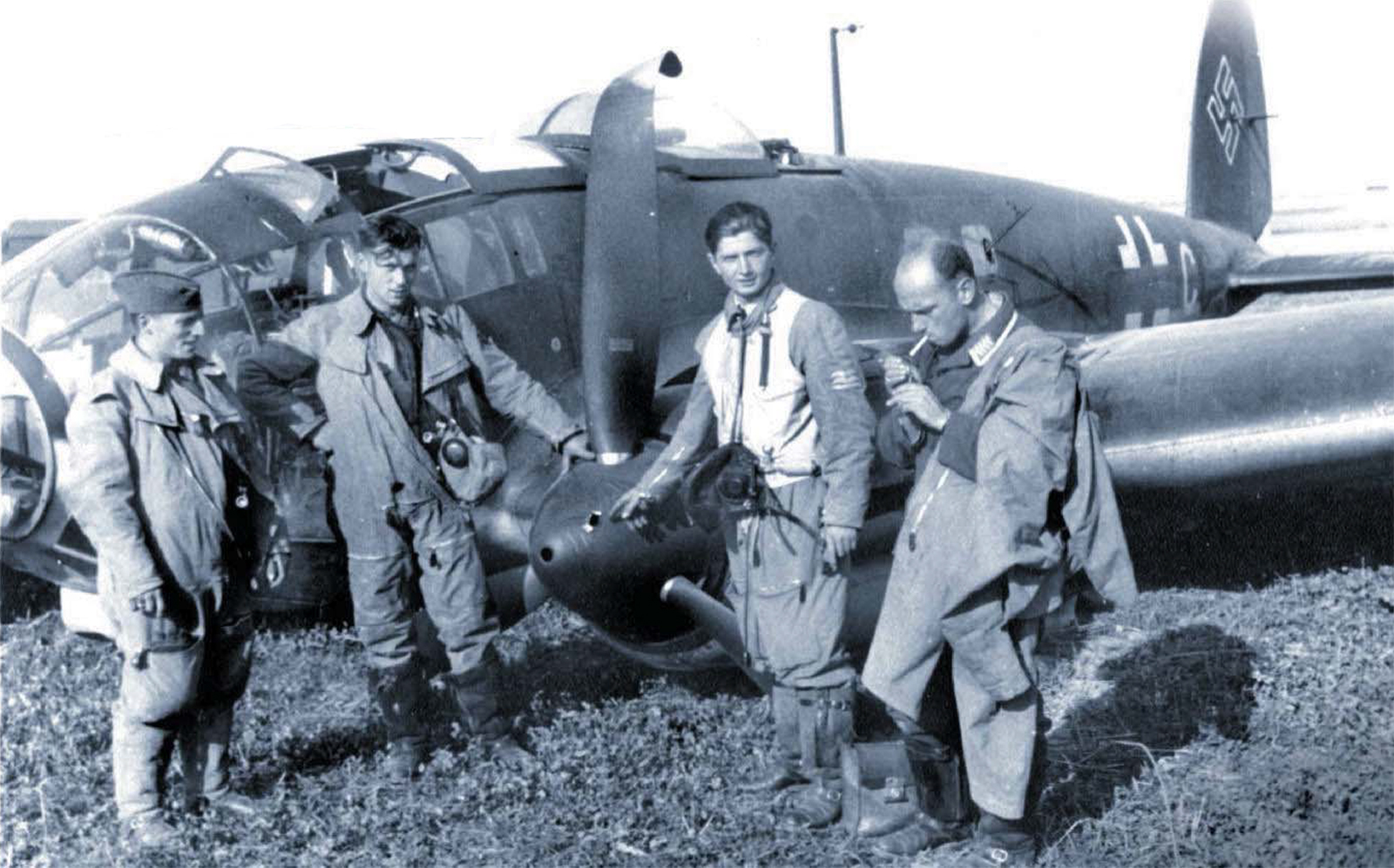 Heinkel He 111P with their crew after force landing at West Malling Kent Sept 1940 01