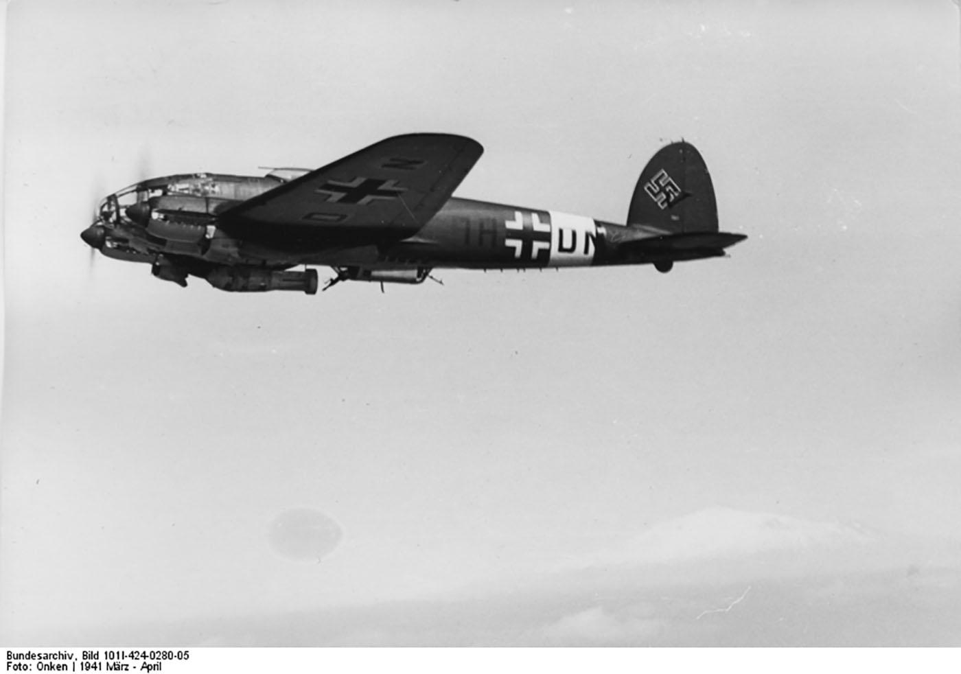 Heinkel He 111 KG26 1H+DN Mediterranean 1941 02