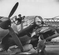 Asisbiz Heinkel He 111H KG26 crew at Catania airfield Sicily Italy Jan 1941 FB1