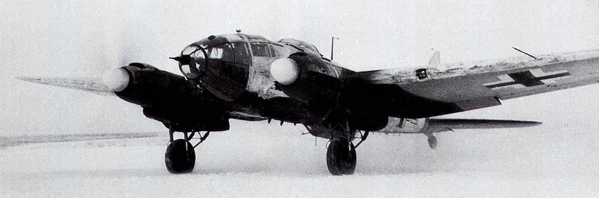 Heinkel He 111 transport and supply Stalingrad Russia 1943 01