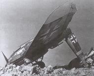 Asisbiz Heinkel He 111H V.KG55 G1+SJ destroyed by bomb blast 01