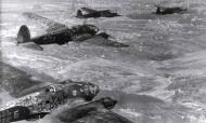 Asisbiz Heinkel He 111P2 KG55 White E France 1940 01