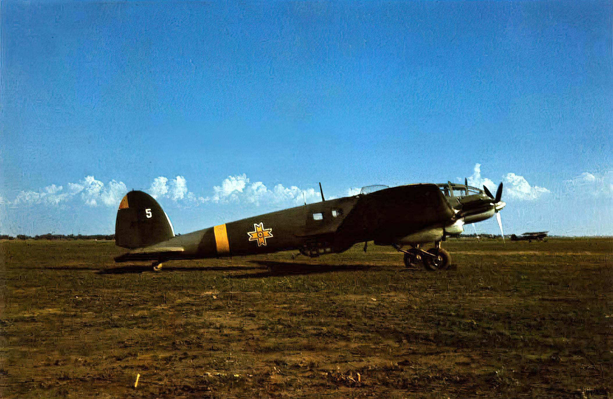 Heinkel He 111H3 RRAF White 5 Bessarabia 1941 01
