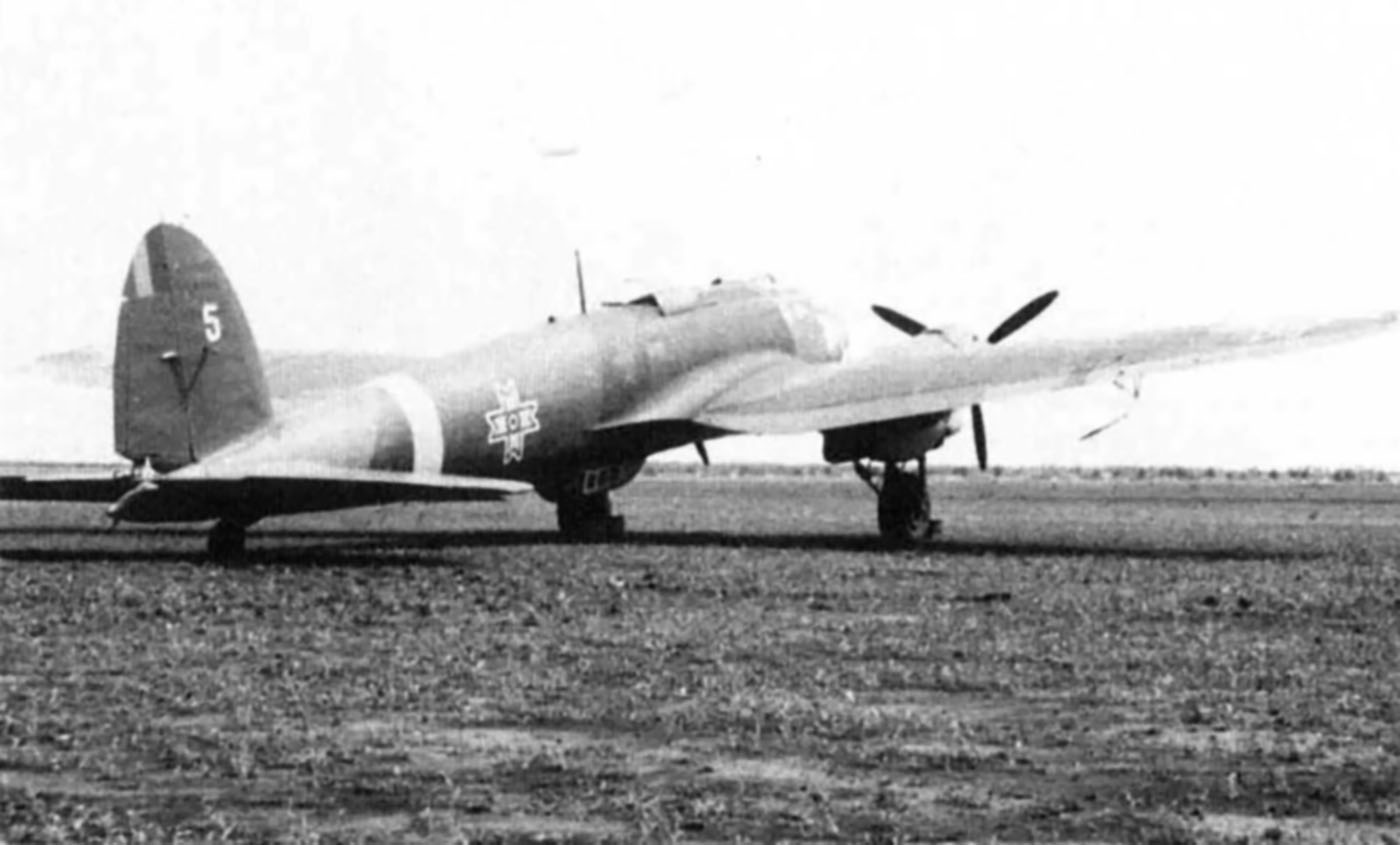 Heinkel He 111H3 RRAF White 5 Central Cector Russian Front 1941 01