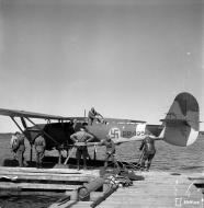 Asisbiz Dornier Do 22 FAF DR195 at Kevaalla 1944 01