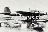 Asisbiz Heinkel He 115A0 FAF LLv15 HE115 Tiiksjarvi Finland July 1942 01