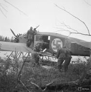 Asisbiz Junkers K 43fa FAF JU128 courier and ambulance on Tiiksjarvi 30th Jul 1942 01