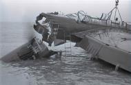 Asisbiz Heinkel He 115 being recovered Zeeburg Holland 1940 NIOD2