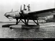 Asisbiz Heinkel He 115C1 1.KuFlGr906 (8L+CH) at its mooring Finland 1942 01