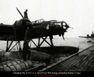 Asisbiz Heinkel He 115C1 1.KuFlGr906 being refuelled Baltic Coast 01
