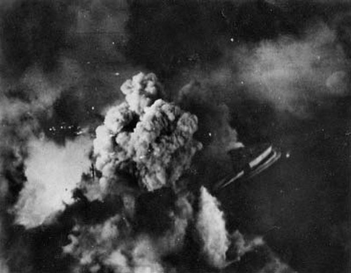 Aerial traget photo showing the strike against the Kriegsmarine Tirpitz 02