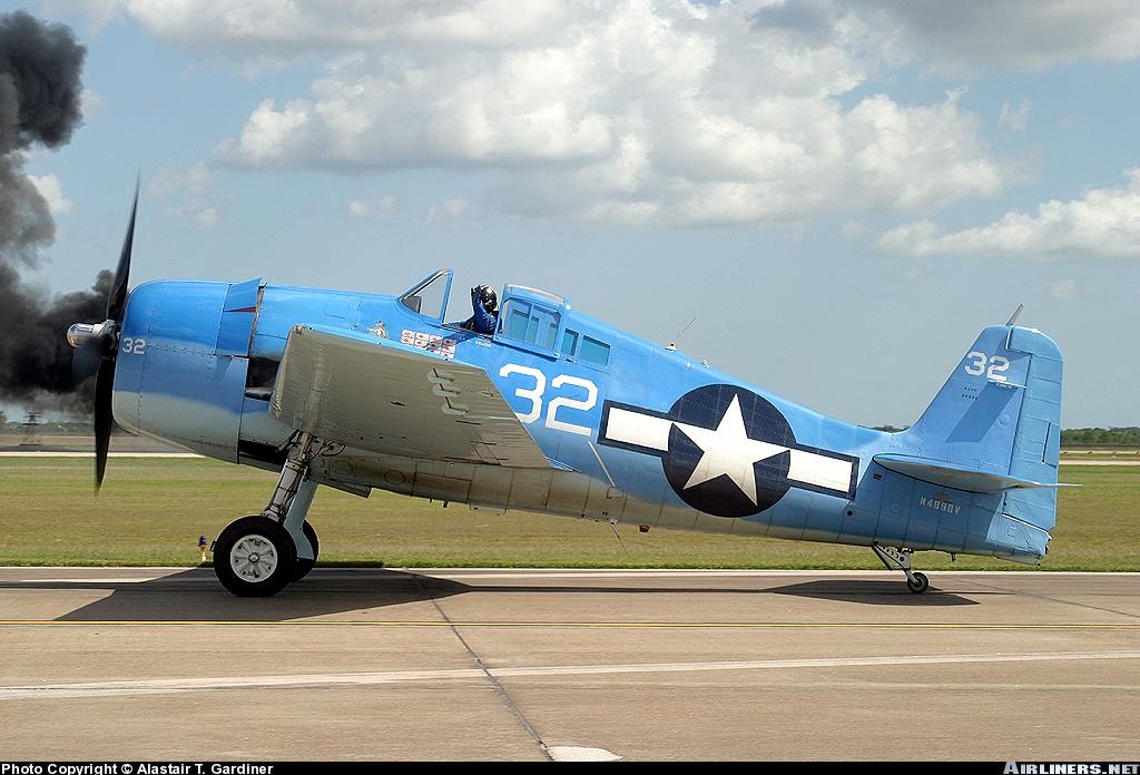 Airworthy warbird Grumman F6F Hellcat N9109R as White 32 01