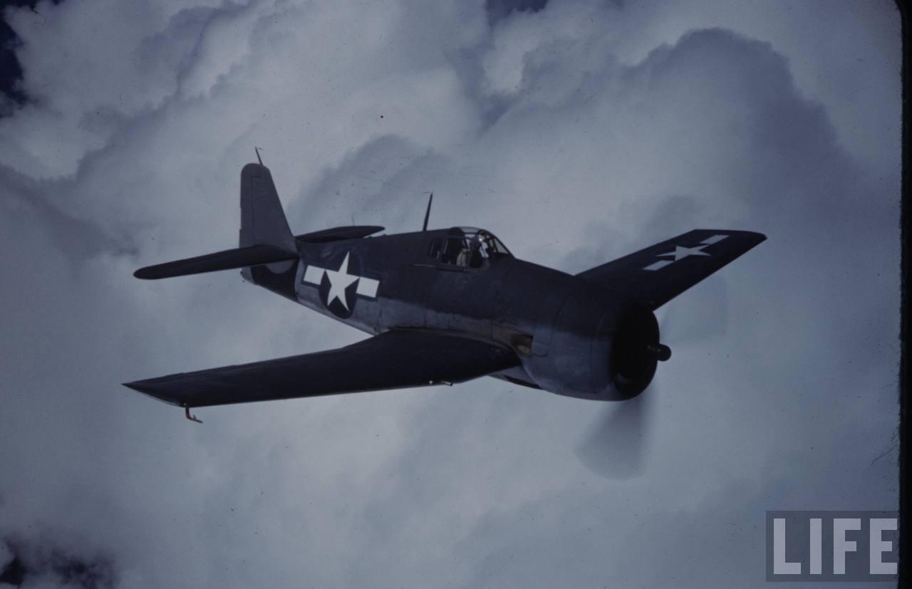 Grumman F6F 3 Hellcat USA colored photo by Time Life 02