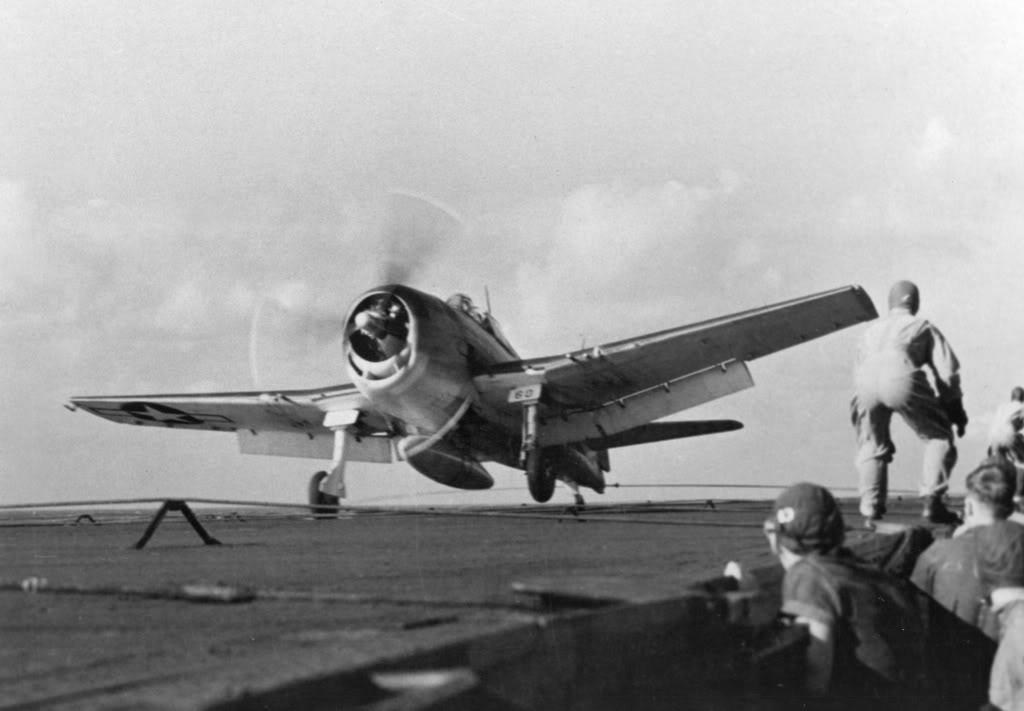Grumman F6F 3 Hellcat VF 10 White 60 Lt JG Billo performing a nice deck landing 01
