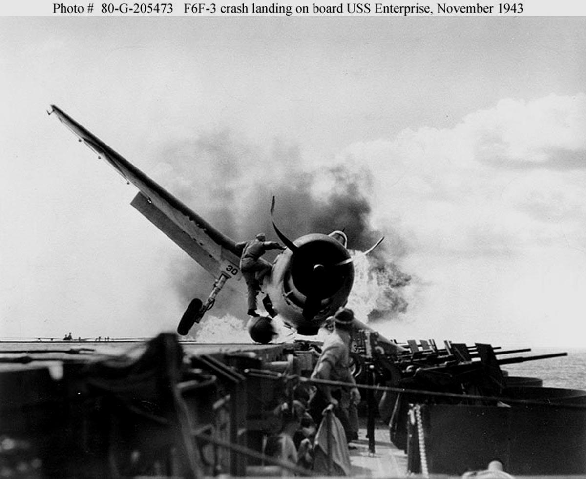 Grumman F6F 3 Hellcat VF 2 White 30 OMG dramatic pilot rescue photo 01