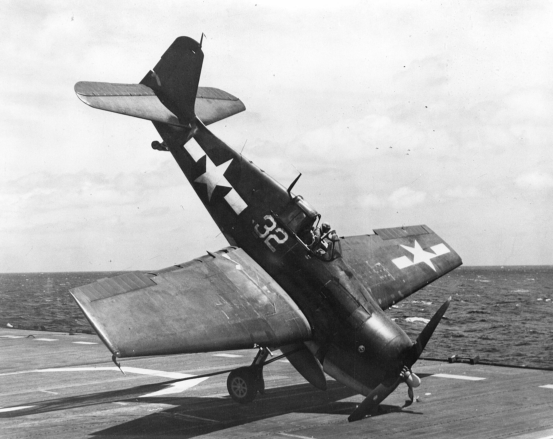 Grumman F6F 3 Hellcat VF 31 White 32 landing mishap CVL 28 USS Cabot 1944 02