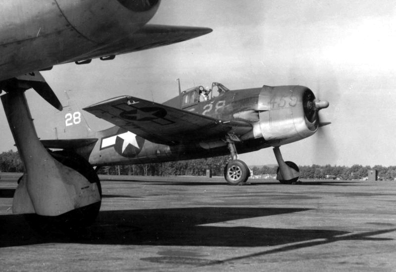 Grumman F6F 3 Hellcat VF 4 White 28 carring its production no 459 taxing 1944 01