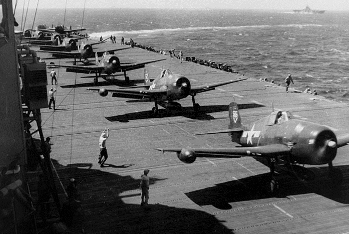 Grumman F6F 3N Hellcat Nightfighters V55 lining up for a catapult launch 01