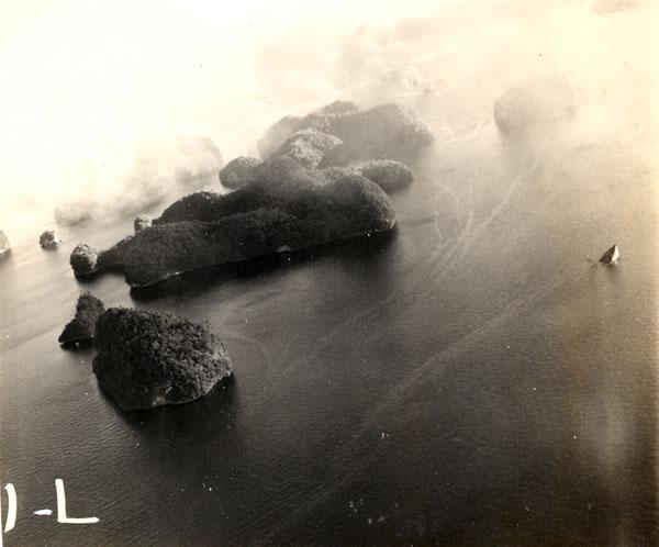 Target photos taken by VF 1 showing a sinking Japanese ship Palau Mar 30th 1944 01