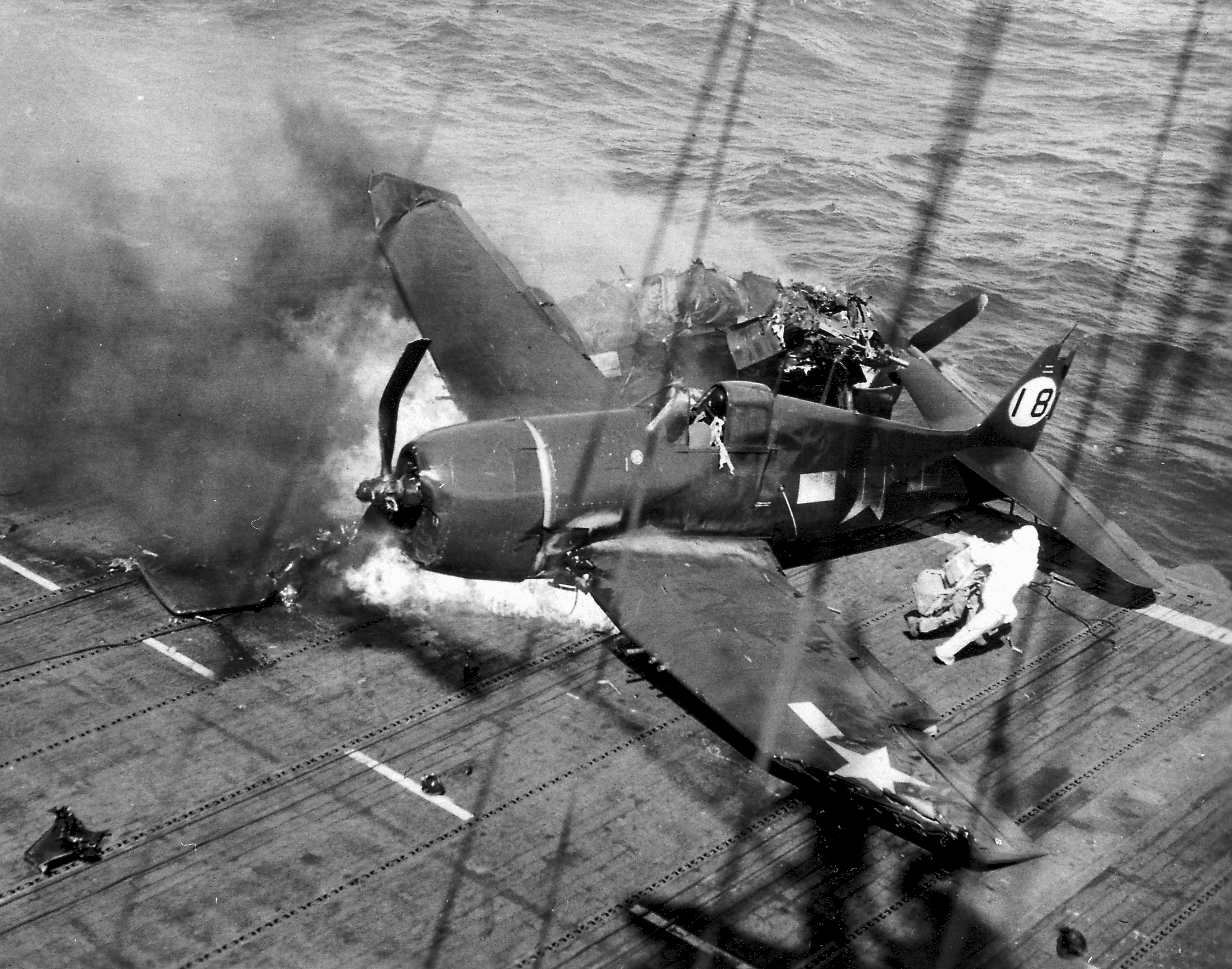 Grumman F6F 5 Hellcat VF 21 White 18 onboard collision CVL 24 USS Belleau Wood 1944 01