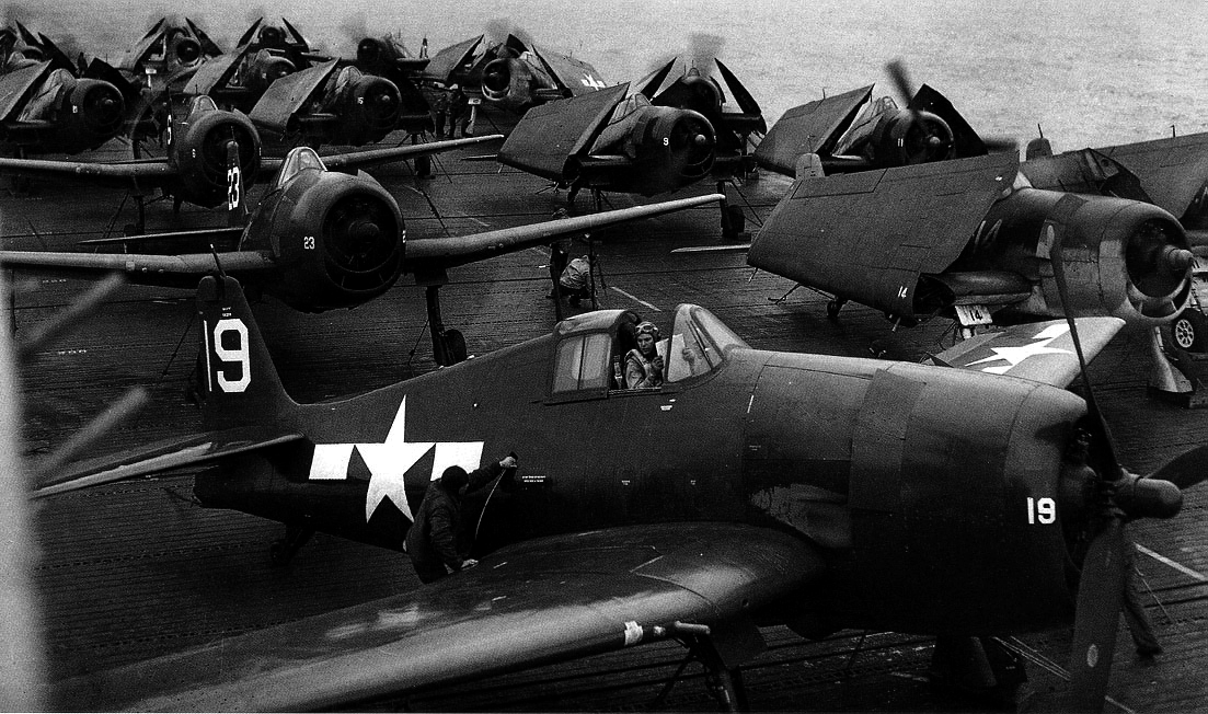 Grumman F6F 5 Hellcat White 19 aboard USS Tripoli prior to engine start 1945 01