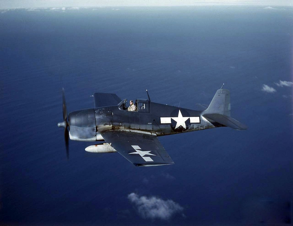 Grumman-F6F-5-Hellcat-showing-the-three-