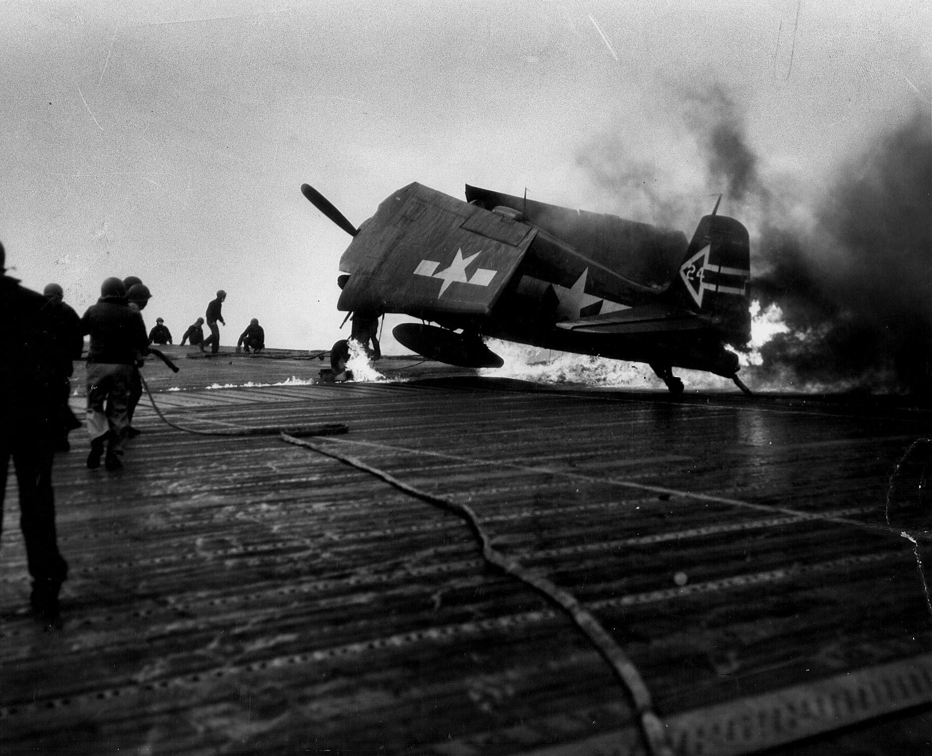 Grumman F6F 5N Hellcat VFN 90 White 24 fuel tank rupture aboard CV 6 USS Enterprise 01
