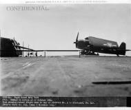 Asisbiz CV 13 USS Franklin nicknamed Big Ben battle damaged 30th Oct 1944 02