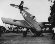 Asisbiz Grumman F6F 5 Hellcat VF 150 White 2 landing mishap CV 39 USS Lake Champlain off Atlantic 1945 01
