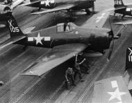 Asisbiz Grumman F6F 5 Hellcat VF 86 White X105 aboard CV 18 USS Wasp 1945 01