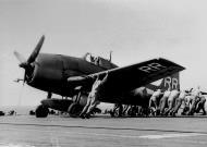 Asisbiz Grumman F6F 5 Hellcat VF 88 White RRxx burst a tyre on landing USS Yorktown 30th Jul 1945 01