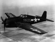 Asisbiz Grumman F6F 5 Hellcat VF 88 Yellow RR25 in flight 01