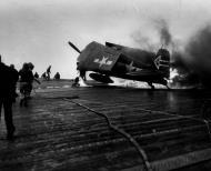 Asisbiz Grumman F6F 5N Hellcat VFN 90 White 24 fuel tank rupture aboard CV 6 USS Enterprise 01