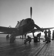 Asisbiz Grumman F6F 5N Hellcat White 23 being prepared for take off 01