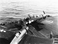 Asisbiz Grumman F6F 5N Hellcat being prepared for take off 01