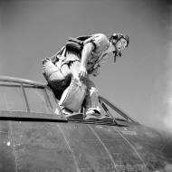 Asisbiz French Navy Grumman F6F 5 Hellcats Groupe de Chasse II.6 Normandie Niemen 05