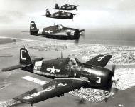 Asisbiz Grumman F6F 5P Hellcat NARTU White C3 BuNo 72386 C19 C20 and C26 over Miami NARTU Columbus OH 1950 02