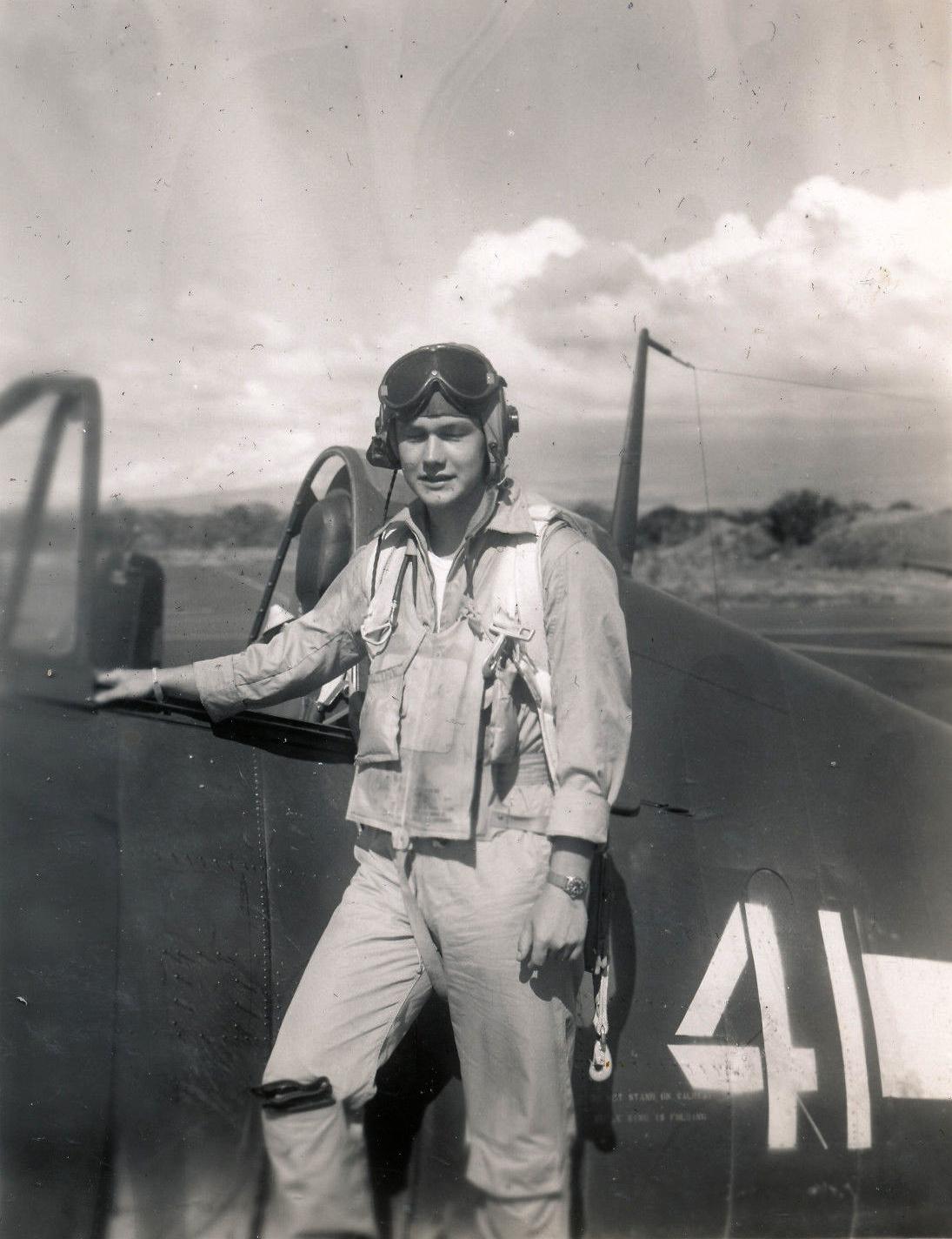 Aircrew USN VBF 8 Ens Blank NAS Puunene 1945 01