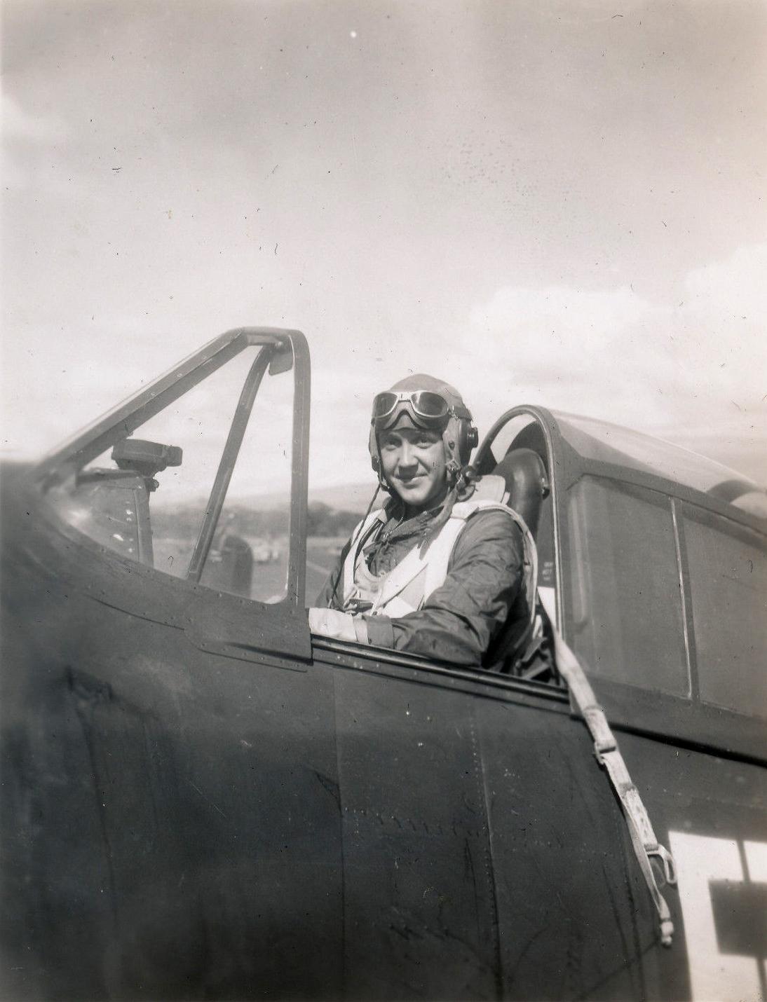 Aircrew USN VBF 8 Ens Dan Cannon NAS Puunene 1945 01