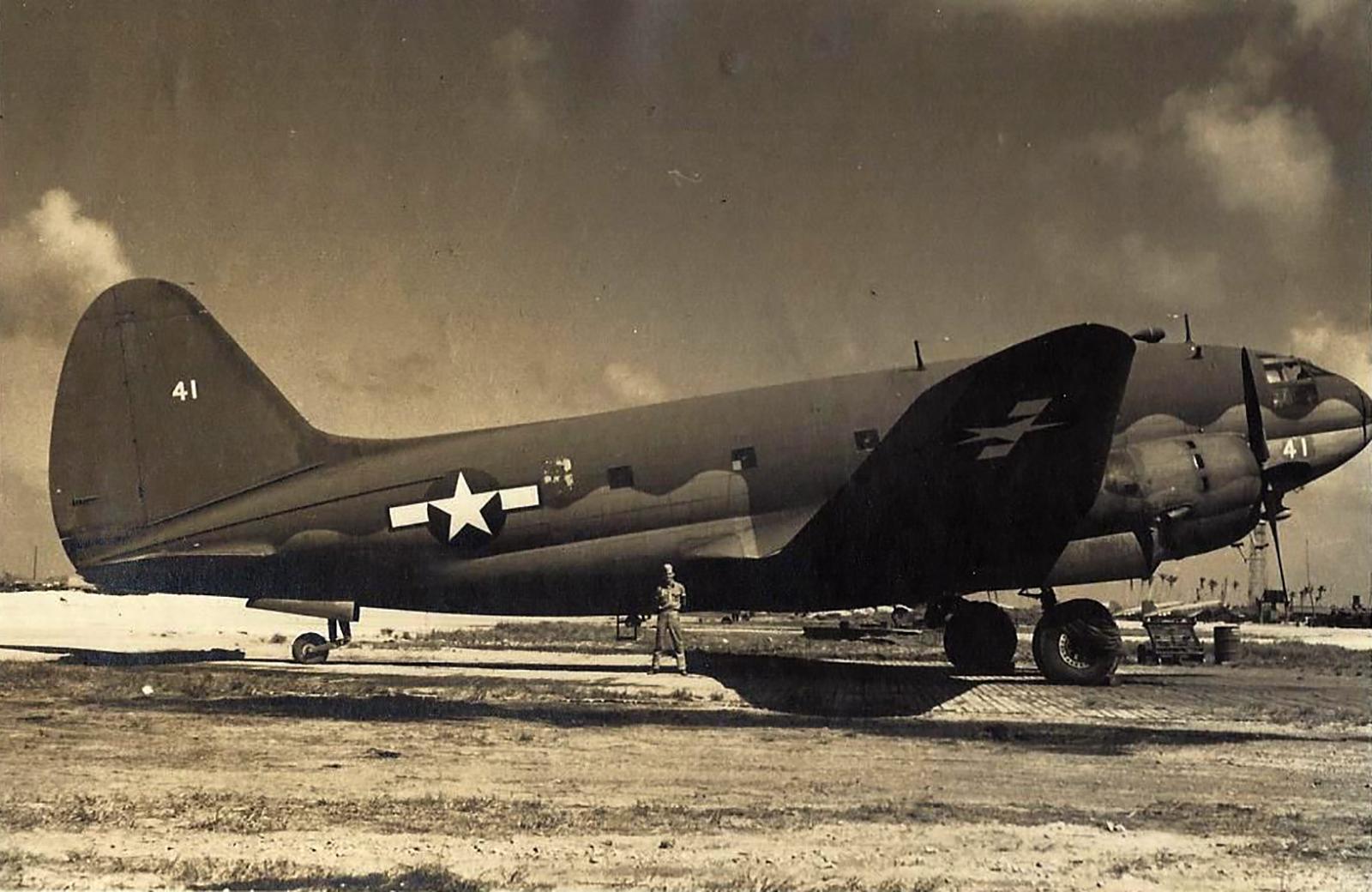 Curtiss C 46 Commando White 41 at Kwajalein 1945 01