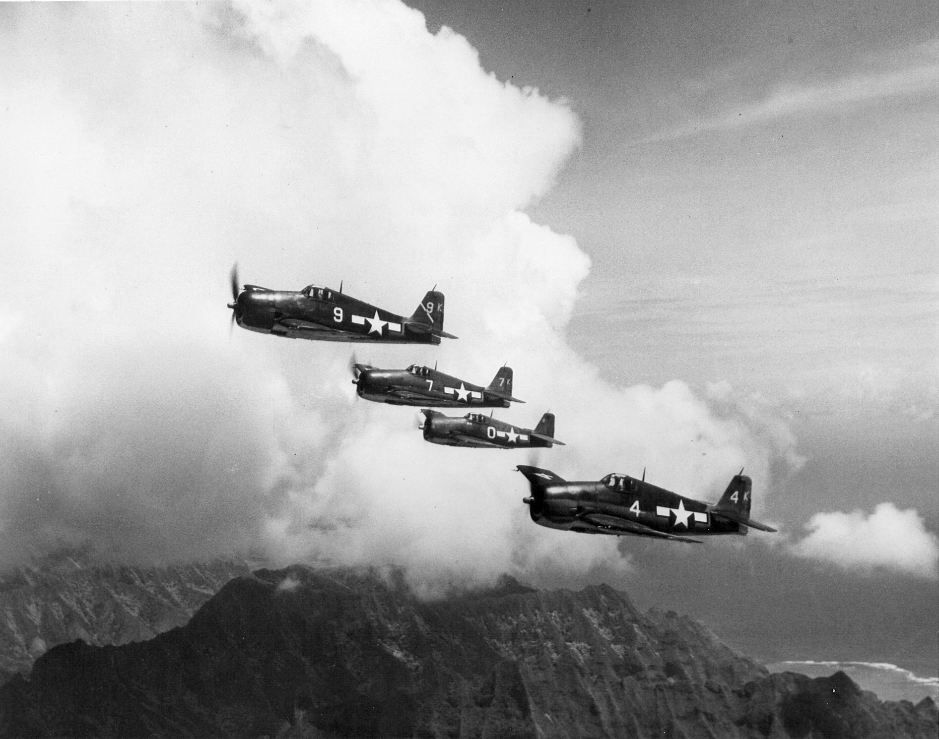 Grumman F6F 3 Hellcat VF 1 White K0, K7, K9 and K4 in formation CV 10 USS Yorktown II June 1944 02