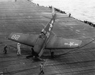 Asisbiz Grumman F6F 5 Hellcat VF 1 White K28 landing mishap CV 12 USS Hornet 01