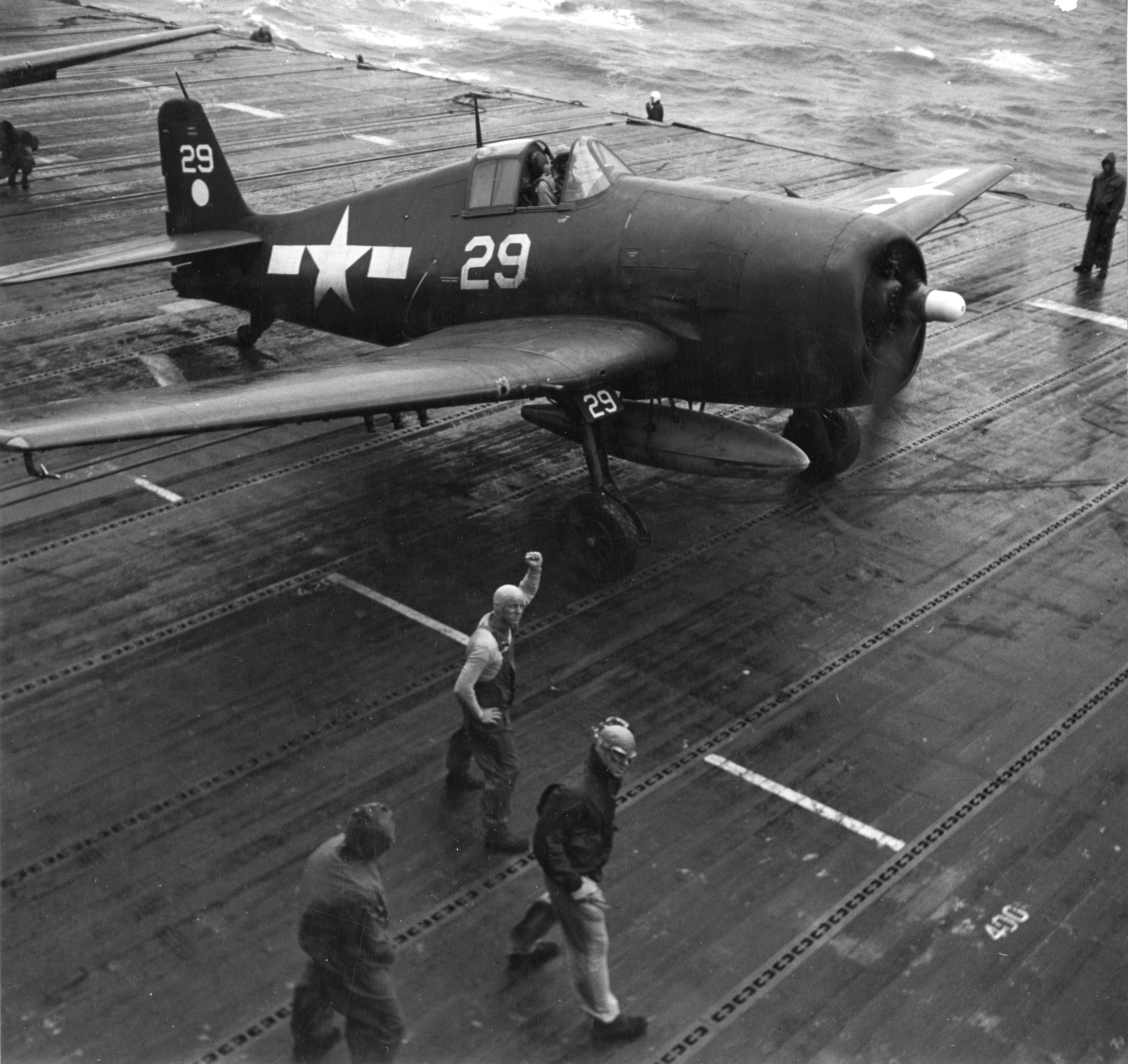 Grumman F6F 5 Hellcat VF 11 Sundowners Ginger White 29 CV 12 USS Hornet 1945 01