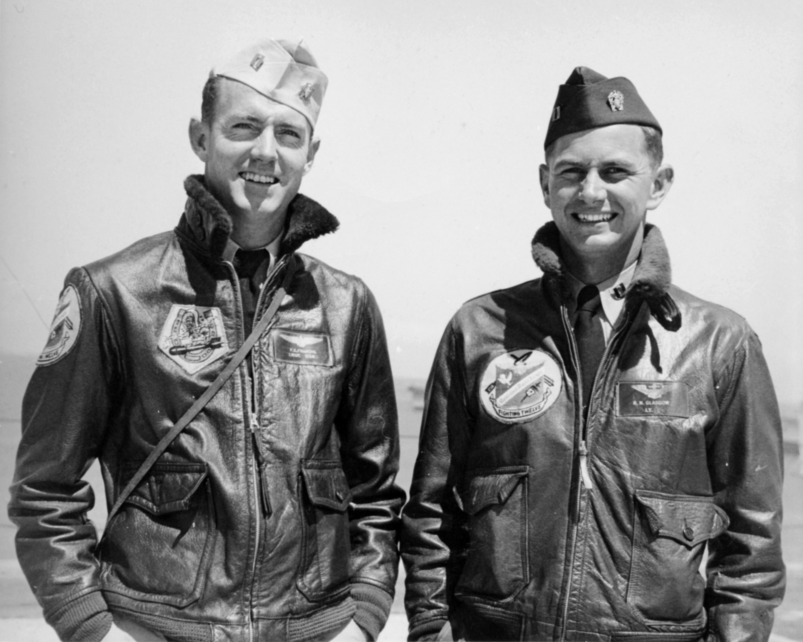 Aircrew USN VF 12 Fred Frameis and Nick Glasgow 01