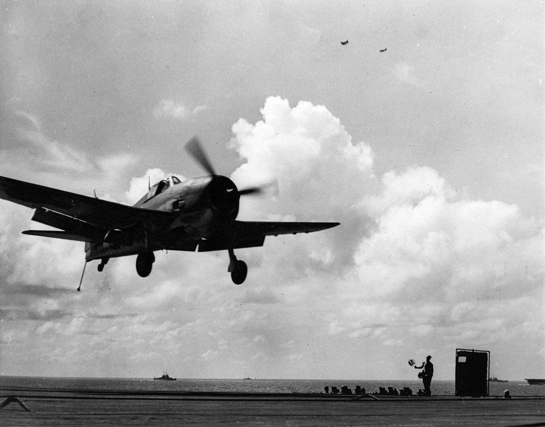 Grumman F6F 3 Hellcat VF 12 landing on the CV 3 USS Saratoga 1943 44 01