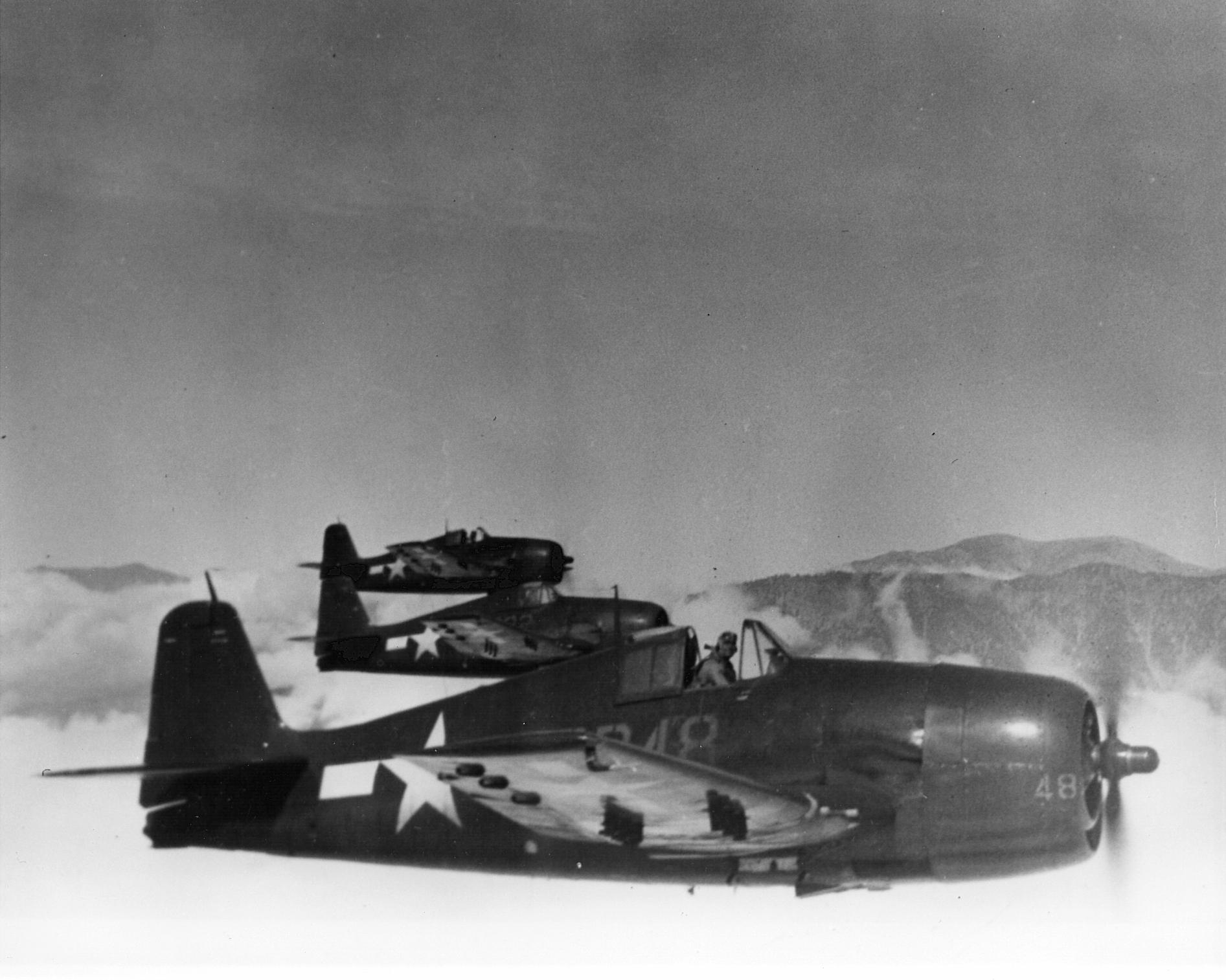 Grumman F6F 5 Hellcat VF 14 Red or Yellow 48 01
